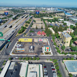 17 W Washington Street, Stockton, CA. 95202, ,Land,For Sale,Stockton Crossroads Retail Pad Sites,17 W Washington Street, Stockton, CA. 95202,1372
